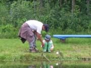 餌釣りの親子